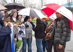 Jason Momoa greets fans
