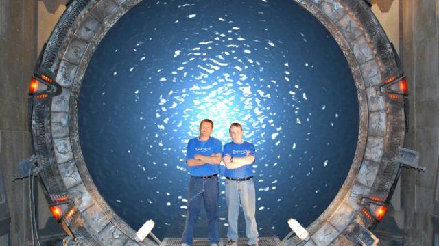 Darren and David on the set of Stargate SG-1