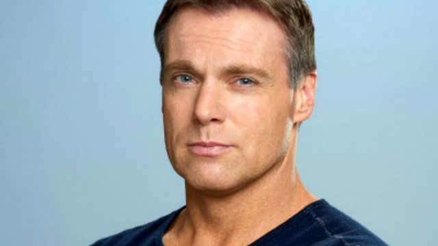 Michael Shanks (2016)