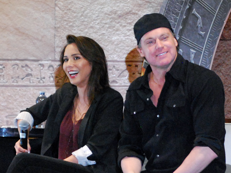 Power Couple (Interview with Michael Shanks and Lexa Doig