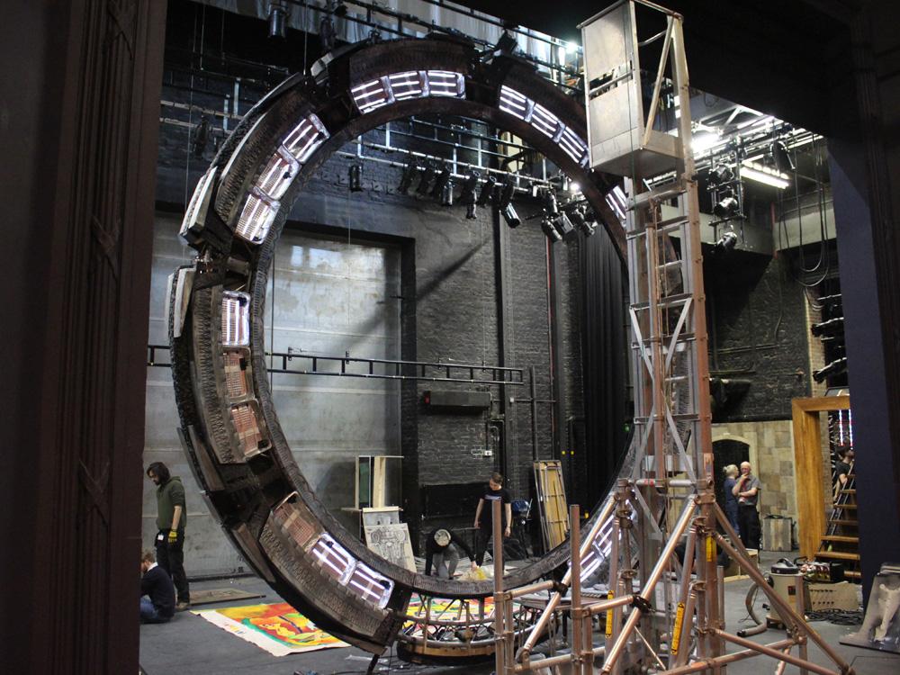 Stargate 1:1 Project Unveils Full-Scale Atlantis Gate Replica