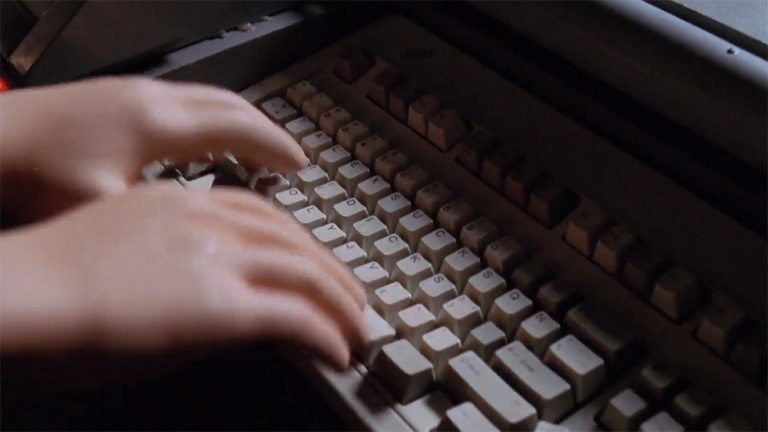 "Puppet keyboard (""200"")"