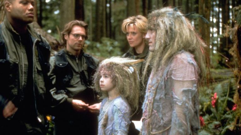 "SG-1 meets Anteaus and his family (""The Nox"")"