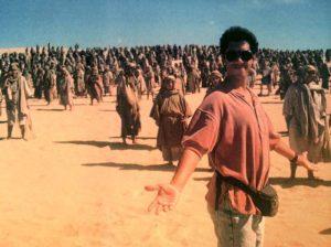 Dean Devlin on the set of Stargate (1993)