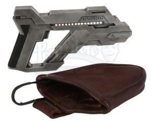 Asuran Replicator weapon (Prop Store)