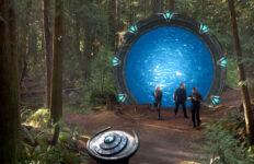 "Atlantis team exits the Stargate (""Identity"")"